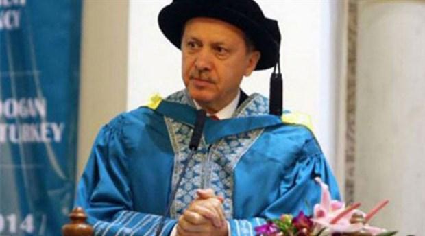 Yazar Poyraz, 'Erdoğan'ın diplomasının olmadığının en kesin belgeleri' dedi ve paylaştı