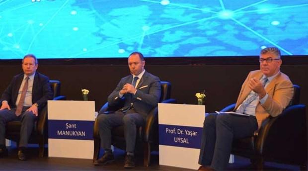 İzmir'de ekonomi zirvesi düzenlendi
