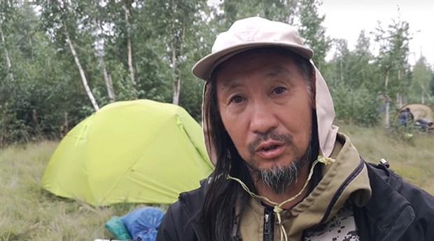 Putin'den 'kötü ruhları kovmak' için Moskova'ya yürüyen şaman kaçırıldı