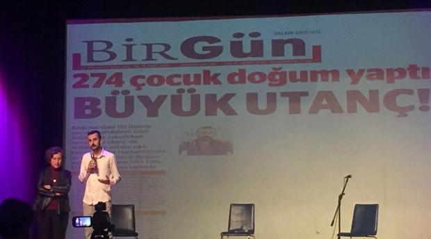 BirGün muhabiri Hüseyin Şimşek ödülünü aldı