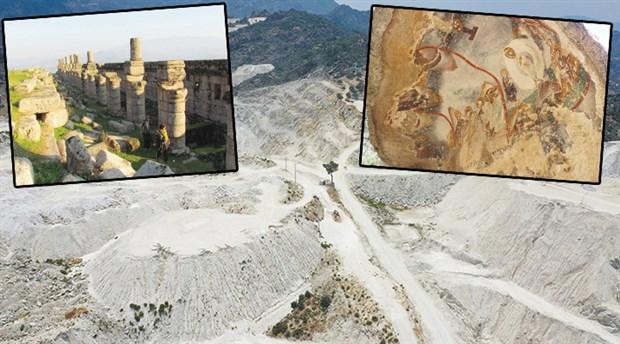Sekiz bin yıllık tarih yok ediliyor