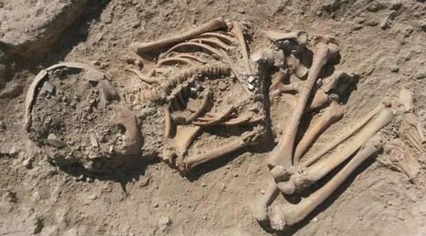 Arslantepe Höyüğü'nde 5700 yıllık çocuk iskeleti bulundu
