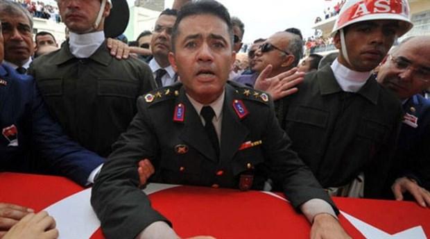 Kardeşinin cenazesinde isyan eden yarbay Alkan'a bu not iletilmiş: Reis özür bekliyor