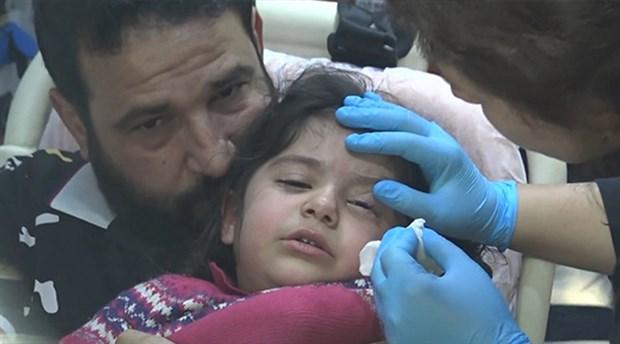 Yapıştırıcıyı makyaj malzemesi sanan çocuğun göz kapakları birbirine yapıştı