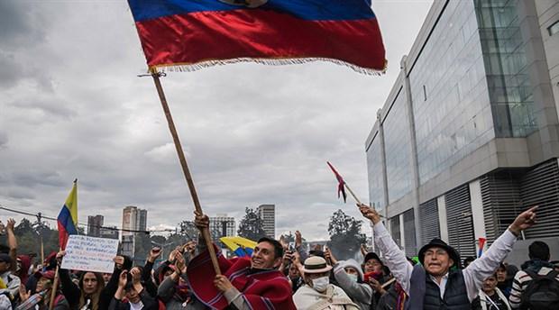Ekvador'da yargı ve yasama kurumları da başkentteki faaliyetlerini durdurdu