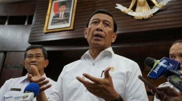 Endonezya Güvenlik Bakanı Wiranto'ya bıçaklı saldırı