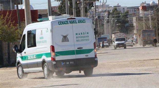 Kayyum iki ilçe belediyesine tahsis edilen cenaze aracını geri aldı