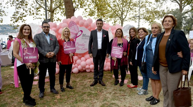Beşiktaş Belediyesi'nden meme kanseri için farkındalık etkinliği