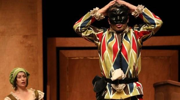 Şehir Tiyatroları'nın yeni oyunu seyirci ile buluşuyor
