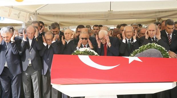 CHP'li eski bakanlar son yolculuklarına uğurlandı