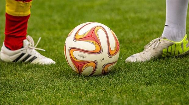 Maaşını alamayan futbolcular 'hareketsiz kalma' protestosunda 2 gol yedi