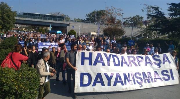 Binlerce İstanbullu Haydarpaşa ihalesini protesto etmek için bir araya geldi
