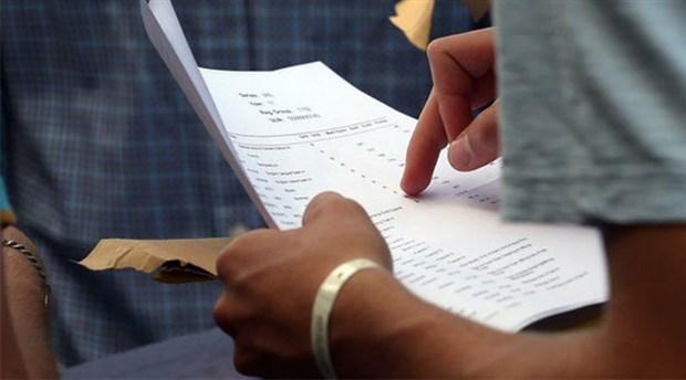 Bangladeş'te sınavlara sekiz ayrı dublör sokan milletvekili üniversiteden atıldı