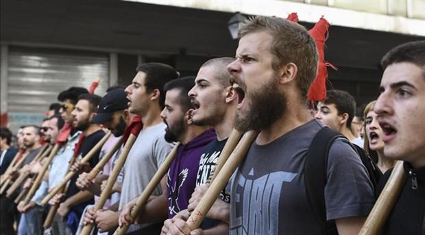 Yunanistan'da öğrencilerden 'eğitim reformu' eylemi: Üniversitelere dokunmayın