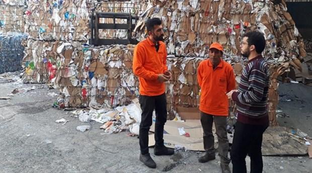Çankaya'da başka bir çözüm: Kağıt toplayıcıları, geri dönüşüm işçisi oldu