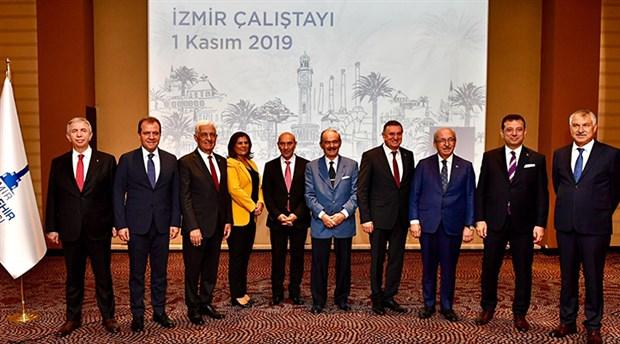 Soyer açıkladı: İki ay önce Saray'da kurulan komisyona hala davet yok!