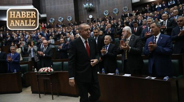 AKP gemisi su almaya devam ediyor