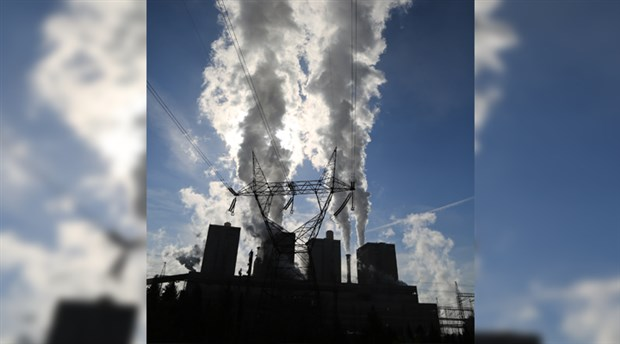 Ekoloji Birliği: Enerji şirketlerinin havayı kirletme iznine 'dur' denilsin!