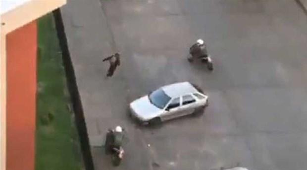 Şili'de bir eylemcinin polisi atlattığı görüntüler sosyal medyanın gündeminde