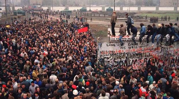 Berlin Duvarı'nın yıkılışının 30. yıldönümü