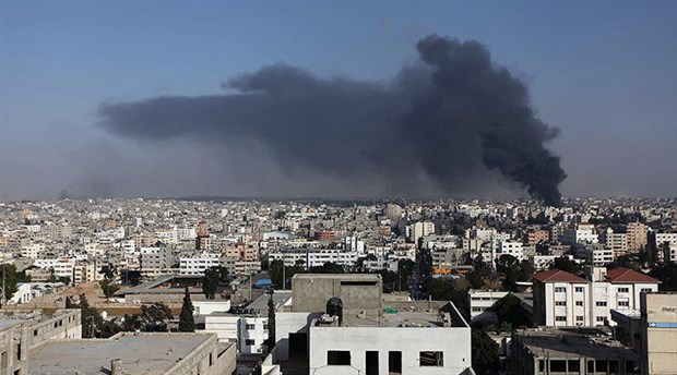 İsrail'den Gazze'ye hava saldırıları: Hayatını kaybedenlerin sayısı 12'ye yükseldi