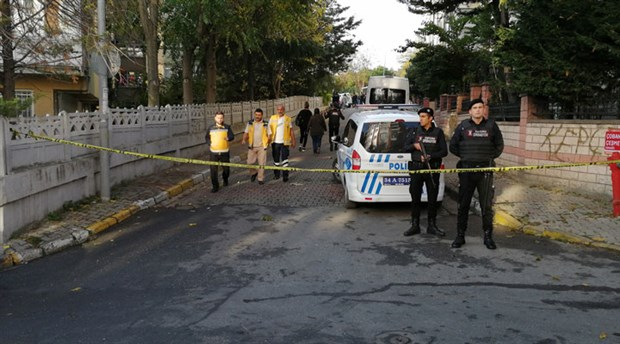 Bakırköy'de bir evde 3 kişinin cansız bedeni bulundu