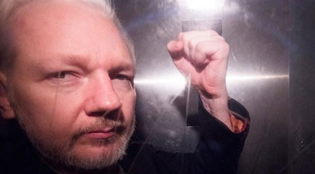 İsveç, Assange hakkındaki tecavüz soruşturmasını kapattı