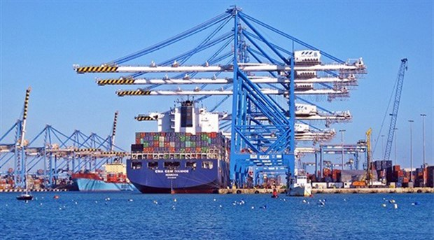 Dış ticaret açığı Ekim'de 1.81 milyar dolar oldu