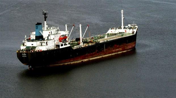 Nijerya'da petrol gemisine korsan saldırısı: 1'i Türk 19 mürettebat kaçırıldı
