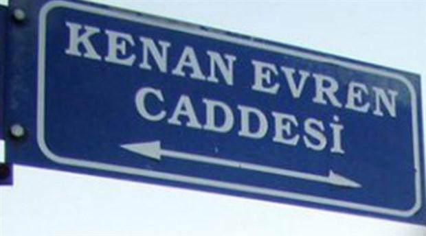 CHP'den belediye meclisi üyelerine 'Kenan Evren' talimatı