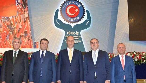 Türk-İş Genel Kurulu ya da erkekleri seçen erkekler