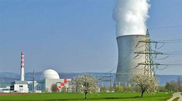 Japonya'da iki nükleer reaktör kapanıyor