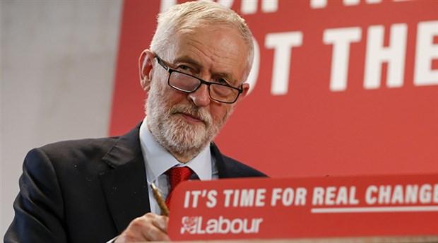 Corbyn'den özeleştiri: Sorumluluk benim