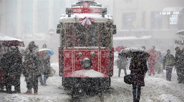İstanbul'a karla karışık yağmur ve kar bekleniyor