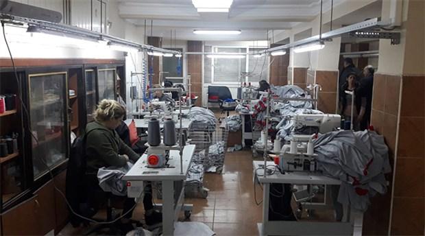 Seyhan Belediyesi, personel kıyafetlerini kendi üretiyor