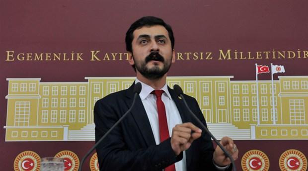 Eren Erdem, Halk TV'deki programdan çıkarıldı