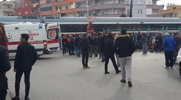 Mersin'de trenin çarptığı kadın hayatını kaybetti