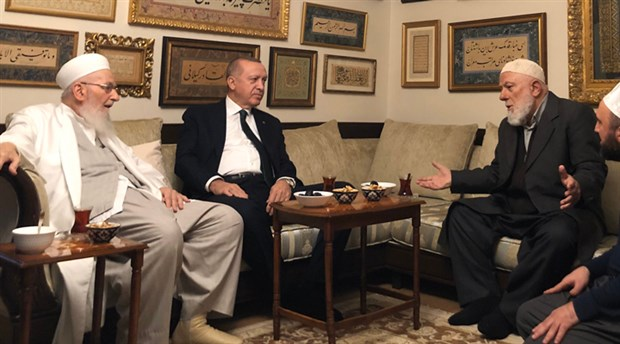 Erdoğan, İsmailağa tarikatını ziyaret etti