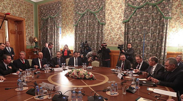 Libya'da çatışan taraflar Moskova'da masaya oturdu