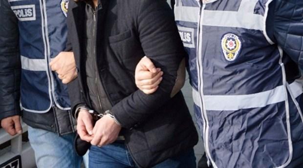 AVM hırsızı polis çıktı