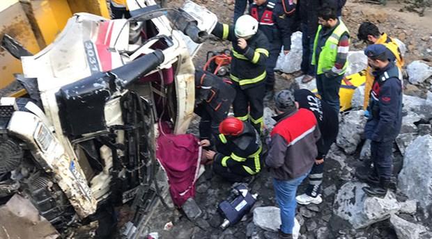 Zonguldak'ta otomobil ile kamyon çarpıştı: 1 ölü, 4 yaralı