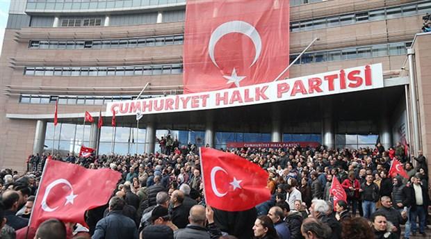 CHP'de yeni 'parti yöneticiliği' düzenlemesi: Eğitim şart değil