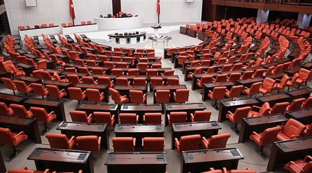 Şeriatın ön yoklaması Meclis'in gündeminden tamamen çıkmalı