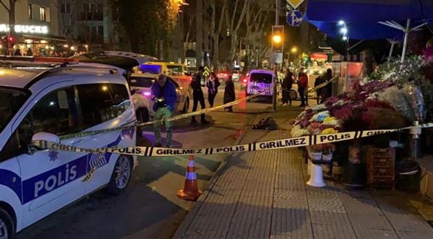 Kadıköy'de kadın cinayeti: Cezaevinden yeni çıkan bir kişi, eşi ve annesini öldürdü!