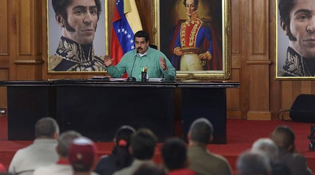 Bolivarcılar hedefte