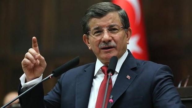 Gelecek Partisi Genel Başkanı Davutoğlu, izlediği dizileri açıkladı