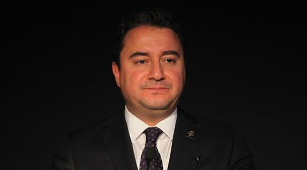 AKP'de bir istifa daha: 'Babacan ile görüşmelerimiz var'