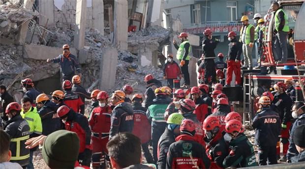 Bakan Kurum: Elazığ'da riskli binalar için dönüşüm projesi başlatacağız
