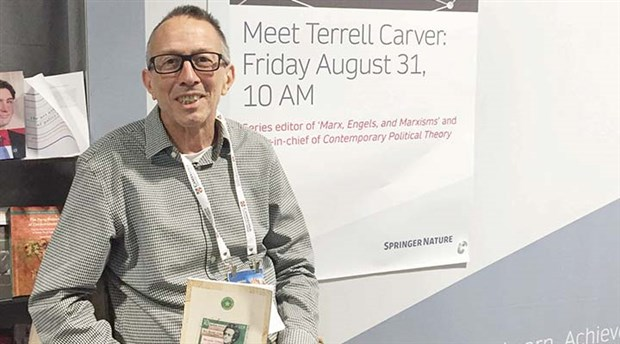 Terrell Carver'in Engels'i