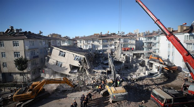 Deprem vergilerinin araştırılması önerisi AKP-MHP oylarıyla reddedildi
